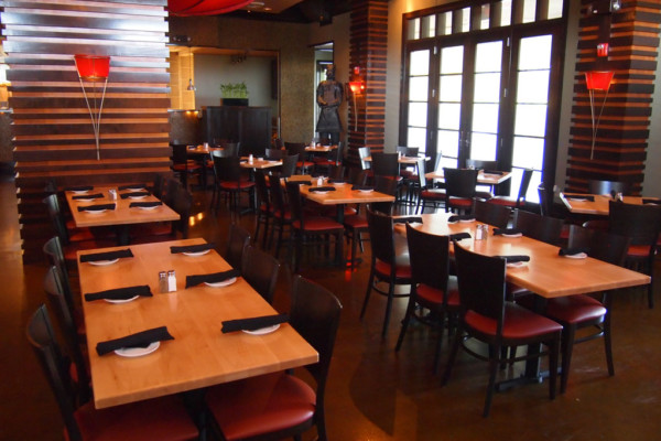HakkaChow: Authentic Asian and Fusion Cuisine You'll Love