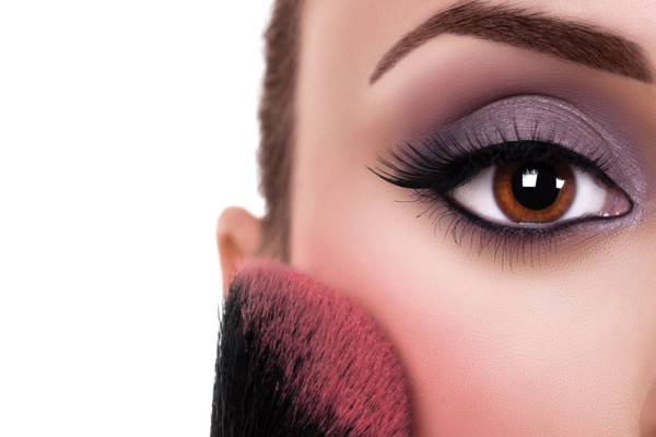 Summit Eye Care: Impact of Makeup on your Eyes