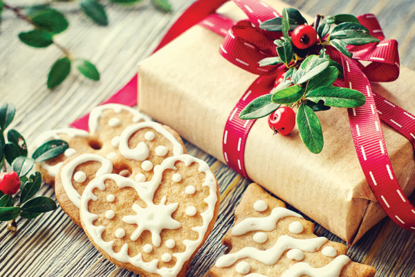 How to Give Gifts Without Spending Money You Don't Have