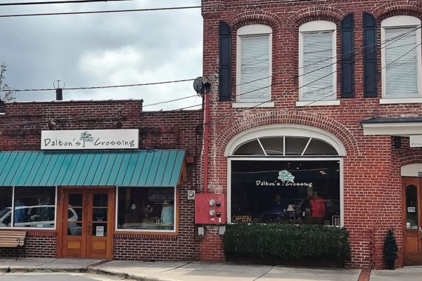 Dalton's Crossing: Authentic retail therapy!