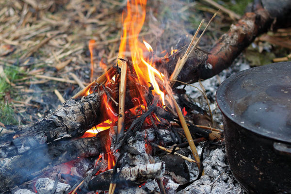 3 Easy Meals to Make Around the Fire That Aren't From a Can